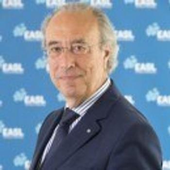 Mauro B. Bernardi